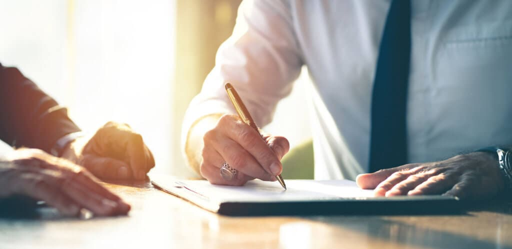 signing a business operating agreement
