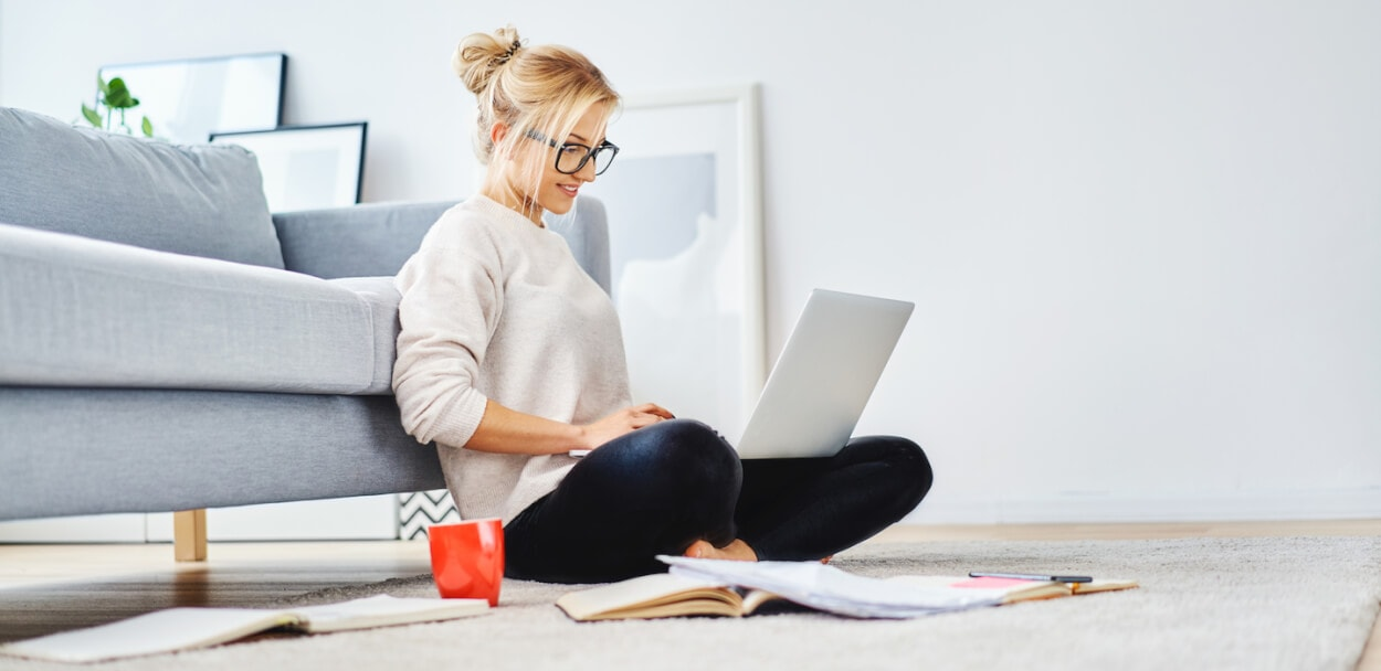 woman working on her home business