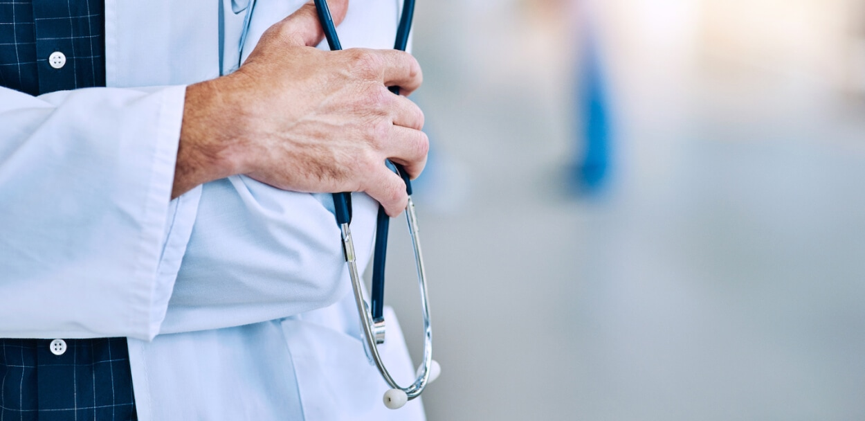 doctor to show medical malpractice insurance